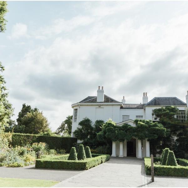 A Romantic Surrey Wedding - Pembroke Lodge