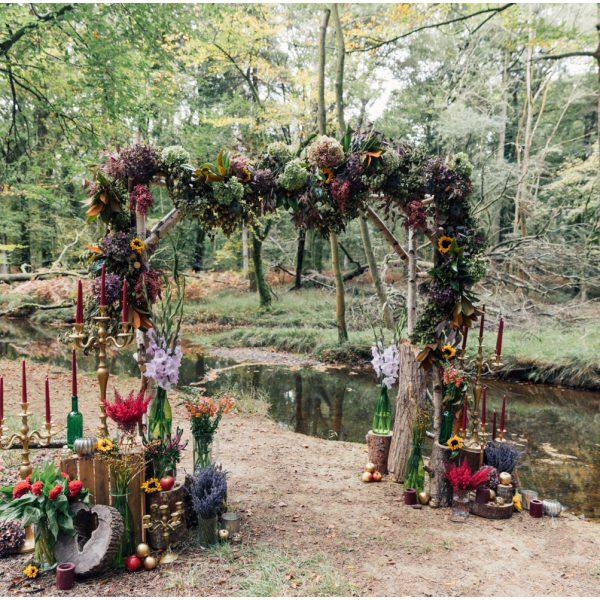 Dorset Wedding Florist Woodland Shoot | Clair Lythgoe and Linen & Lace